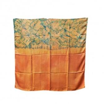 Carré soie en batik Bai